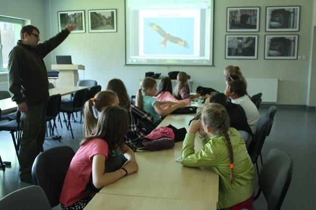 Wybrałeś obraz z artykułu: Młodzieżowa Grupa Badawcza Ptaków Wysypisk 'KANIA'